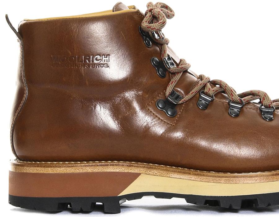 Woolrich debuts with footwear - Italian