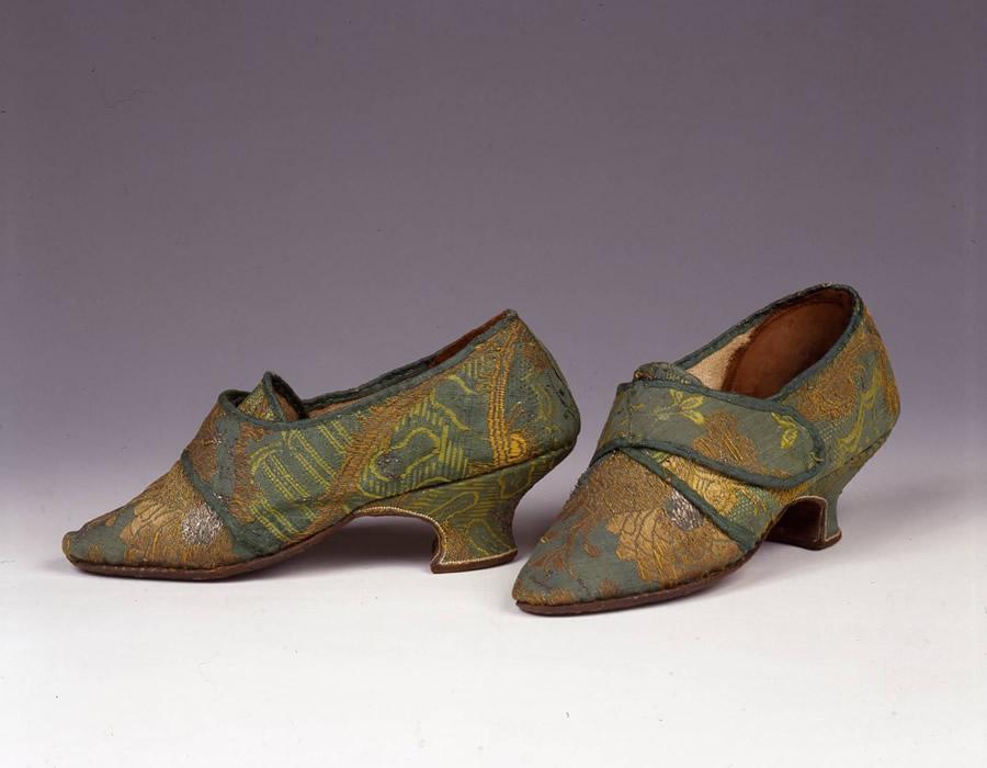 size 40 6f12c 9756f Lo stile del '700 in mostra a Prato - Italian Shoes