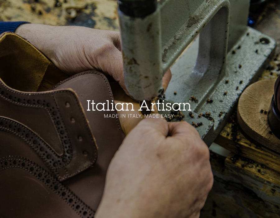 """Italian Artisan"""" The Network That Brings Together Designers Brands Delectable Italian Sewing Machine Brands"""